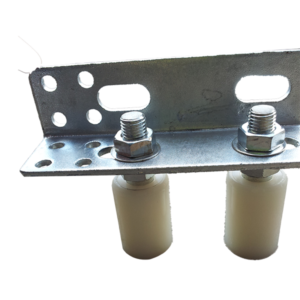 40x40White guide rollers with angle bracket -2 (OK)