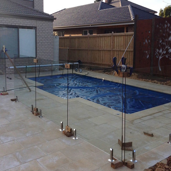 Installation of glass fence